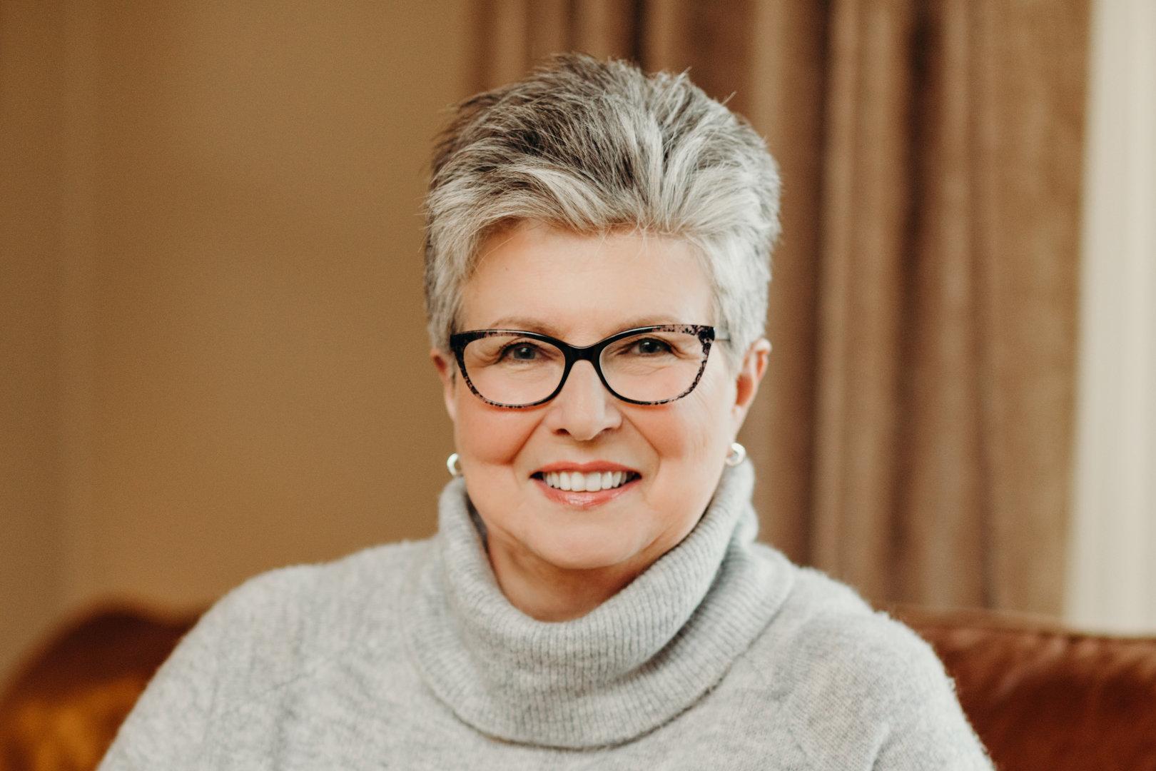Lynda B. Schmidt - L.B.SCHMIDT - CREATIVE SERVICES